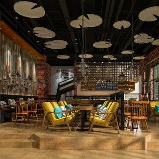 吊灯,桌椅组合,植物,工业风,餐具,吧台,咖啡厅