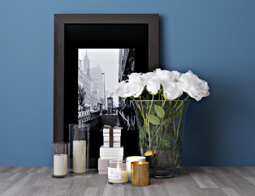 现代花瓶, 花卉, 玻璃烛台, 挂画