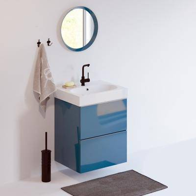 洗手台, 洗手盆, 镜子, 毛巾, 挂钩, 地毯, 现代
