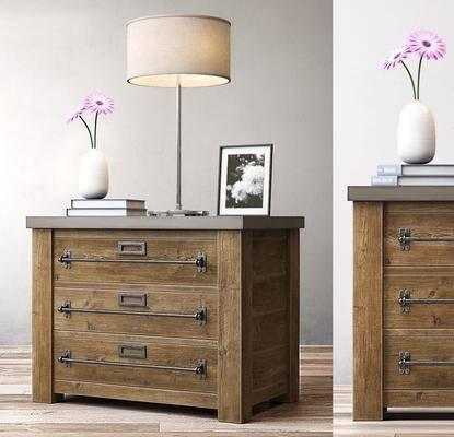 边柜, 装饰柜, 床头柜, 台灯, 花瓶, 花卉, 相框, 装饰品